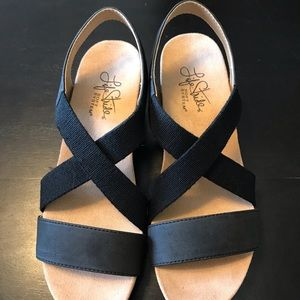 Black Wedge Sandal Medium Heel  Size 5.5 NWOT